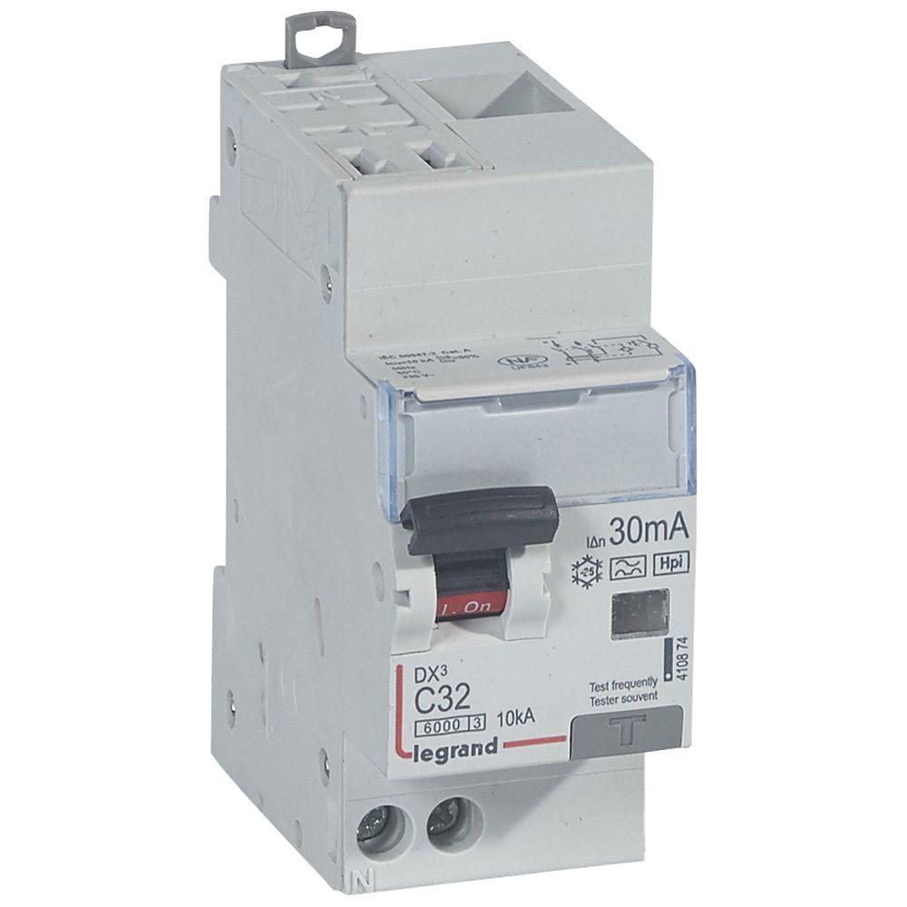 Disjoncteur diff DX³ 6000 -auto/vis-U+N 230V~-32A -typeHpi- 30mA-10kA-courbe C - 2M (410874)