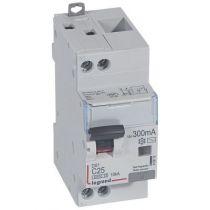 Disjoncteur diff DX³ 6000 -vis/vis-U+N 230V~- 25A - type AC 300 mA-10 kA courbe C - 2M (410815)