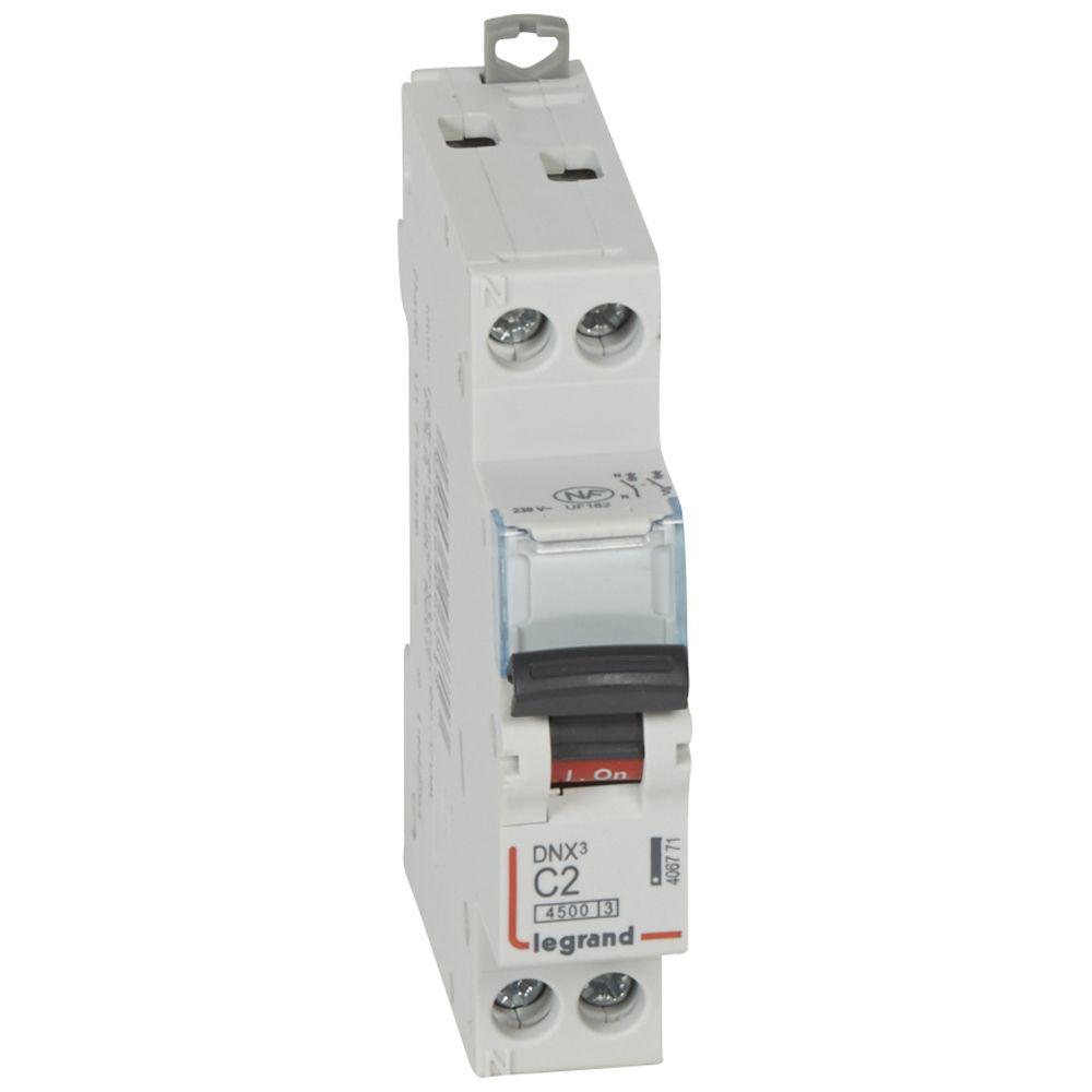 Disjoncteur DNX³ 4500 - vis/vis - U+N 230V~ 2A - 4,5kA - courbe C - 1 mod (406771)