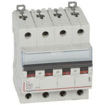 Disjoncteur DX³ 6000-vis/vis-4P-400V~-40A-10kA-courbe D-peigne HX³ trad 4P - 4M (408121)