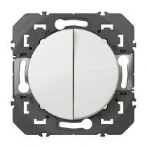 Double interrupteur ou va-et-vient dooxie 10AX 250V~ finition blanc (600002)